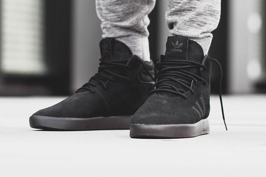 adidas-tubular-invader-triple-black-1
