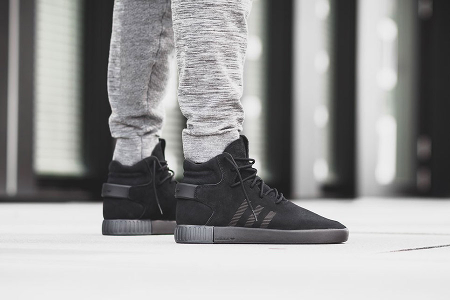 adidas Tubular Invader 'Triple Black'