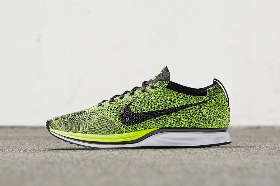 cheap for discount 8f218 ed9bb Nike Flyknit Racer Volt Black-Sequoia