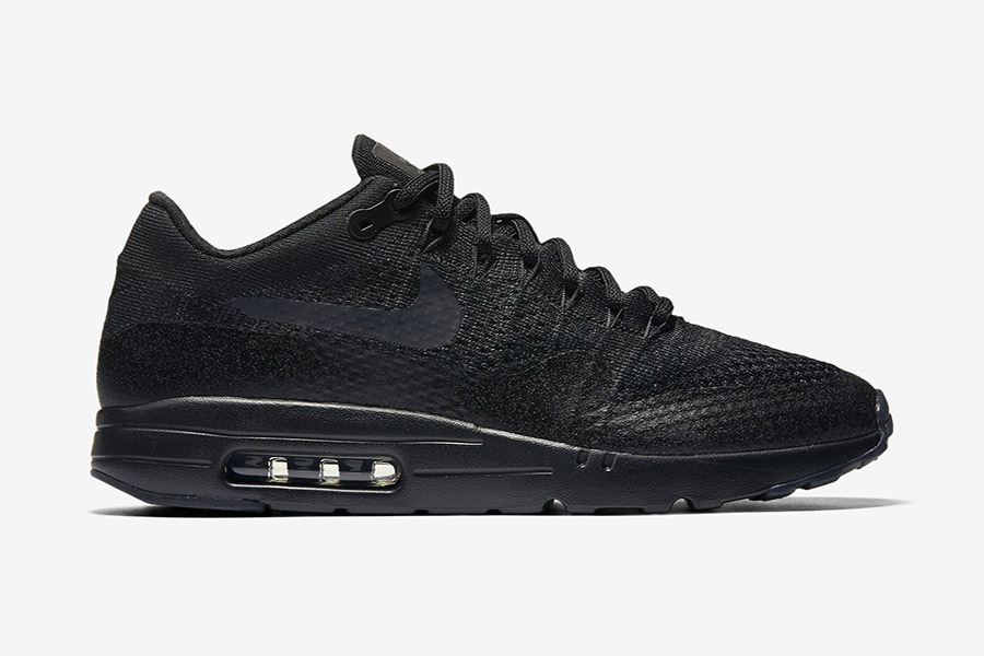 meilleur authentique f509a 125d1 Nike Air Max 1 Ultra Flyknit 'Triple Black'