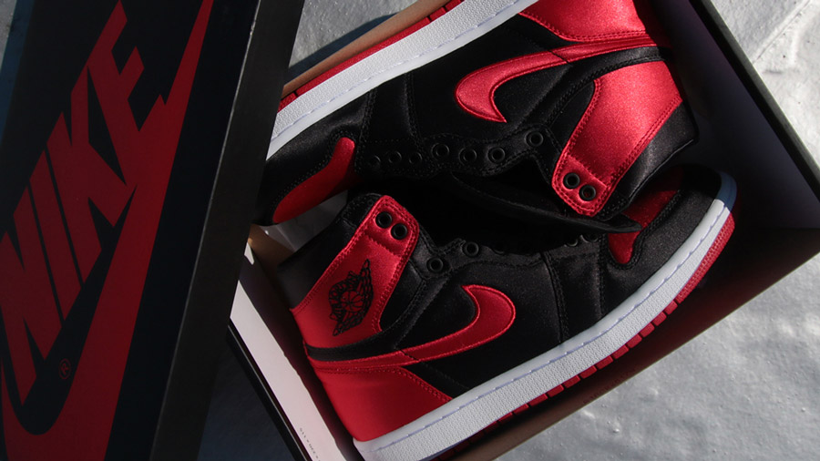 Air Jordan 1 Banned Satin