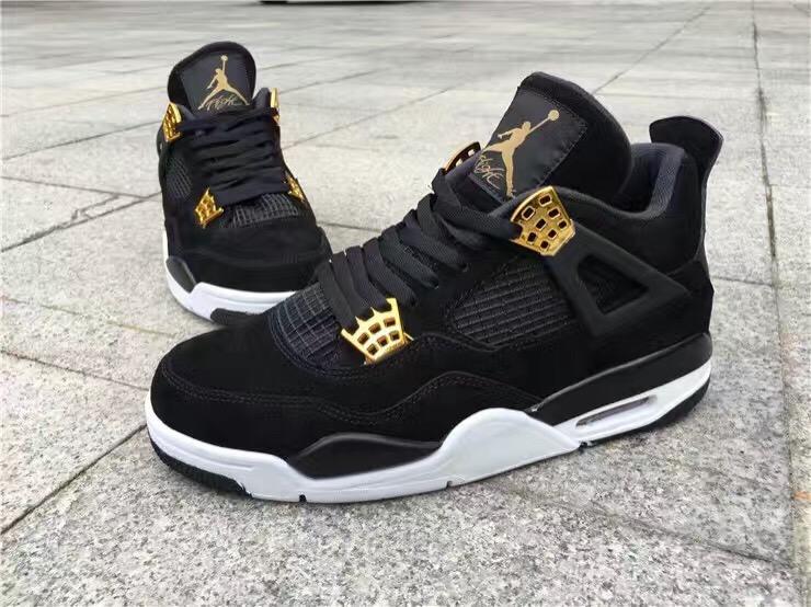 Air Jordan 4 Rotalty