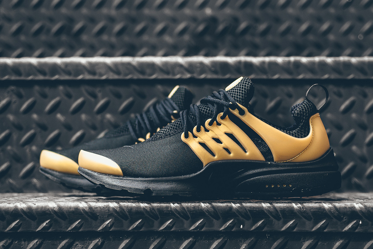 Nike Air Presto Black Gold
