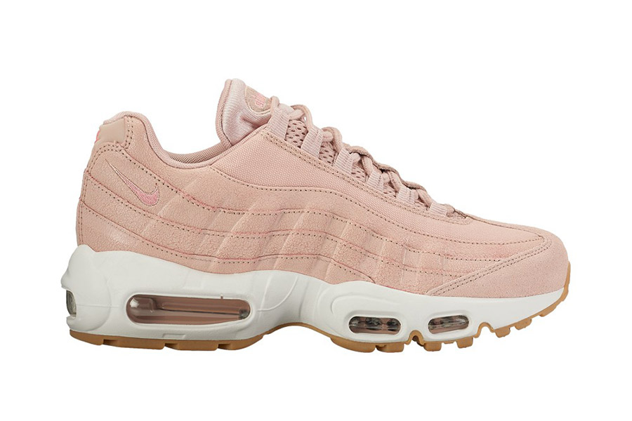 nike wmns air max 95 premium cracked leather collection. Black Bedroom Furniture Sets. Home Design Ideas