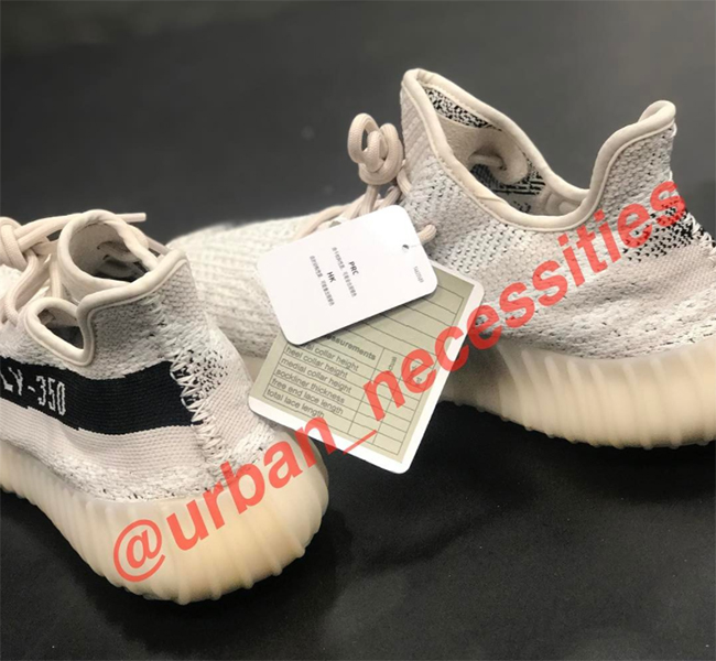 Preview: adidas Yeezy Boost 350 V2 White Black Le Site de
