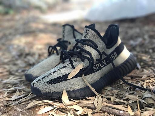 adidas Yeezy Boost 350 V2 Beige Black