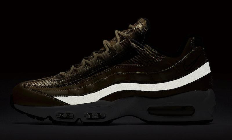 Nike Air Max 95 Metallic Gold Le Site de la Sneaker