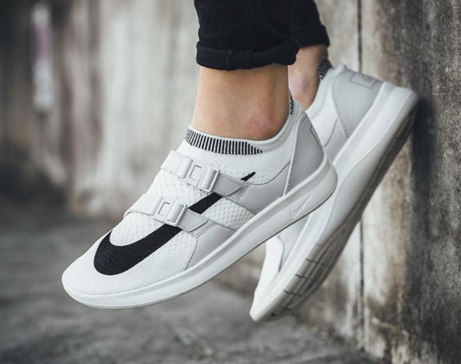 Nike Air Sock Racer Flyknit Big Swoosh Pack - Le Site de la Sneaker 08f1f3973d