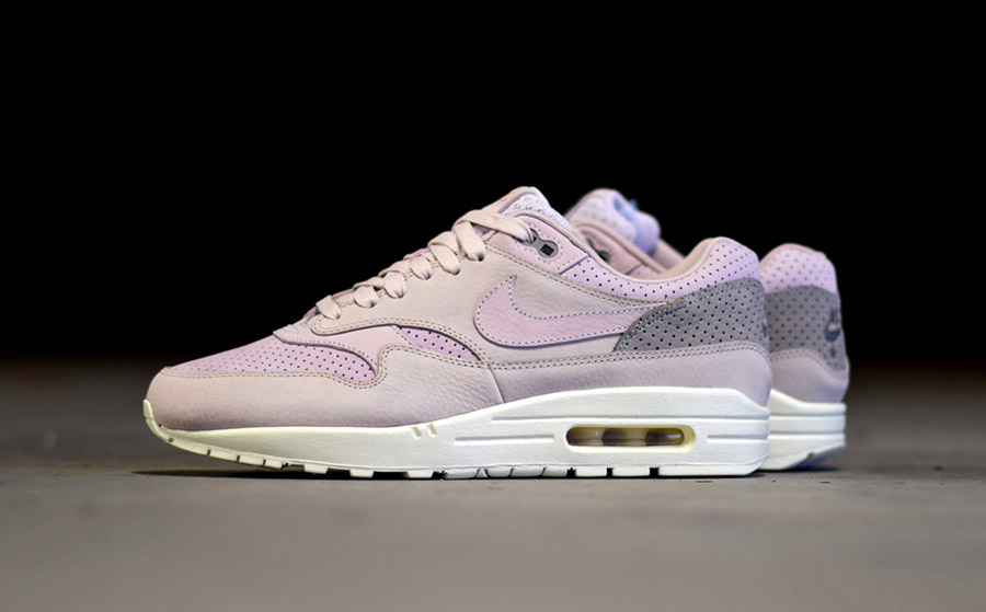 air max one blanche et rose