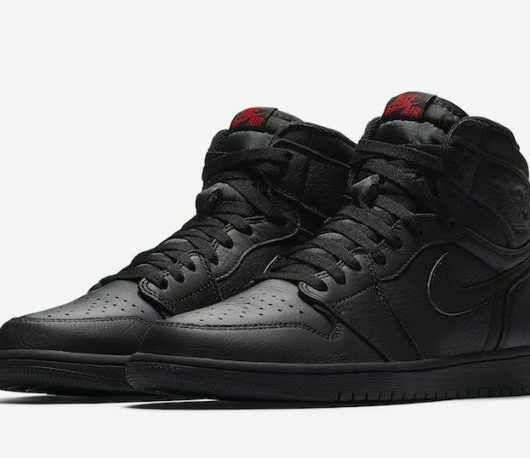 Air Jordan 1 High Triple Black