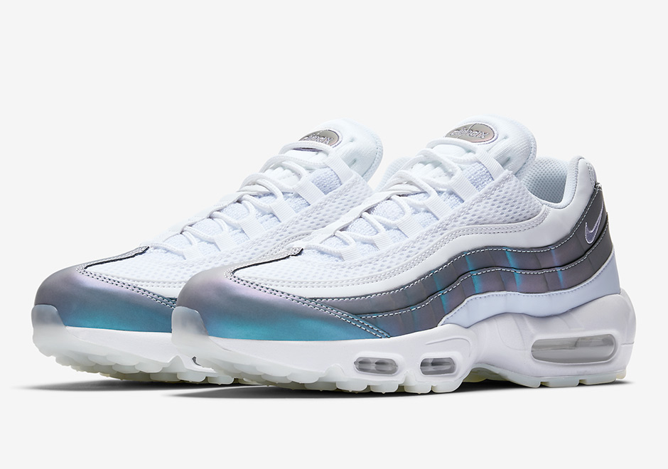 nike air max 95 color shift disponible le site de la sneaker. Black Bedroom Furniture Sets. Home Design Ideas