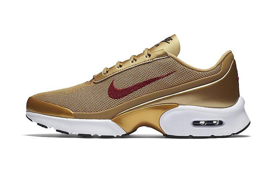 nike air max jewell metallic gold le site de la sneaker. Black Bedroom Furniture Sets. Home Design Ideas