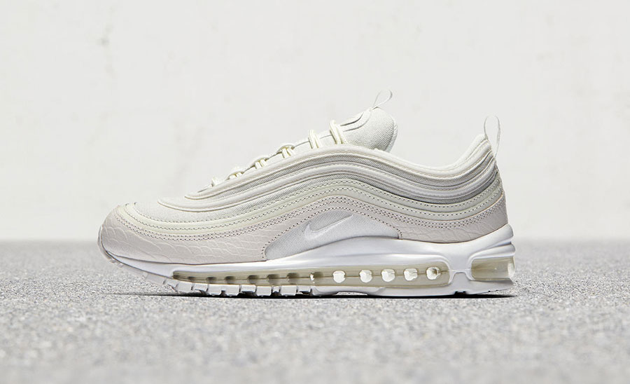 nike-air-max-97-white-snakeskin-921826-100-
