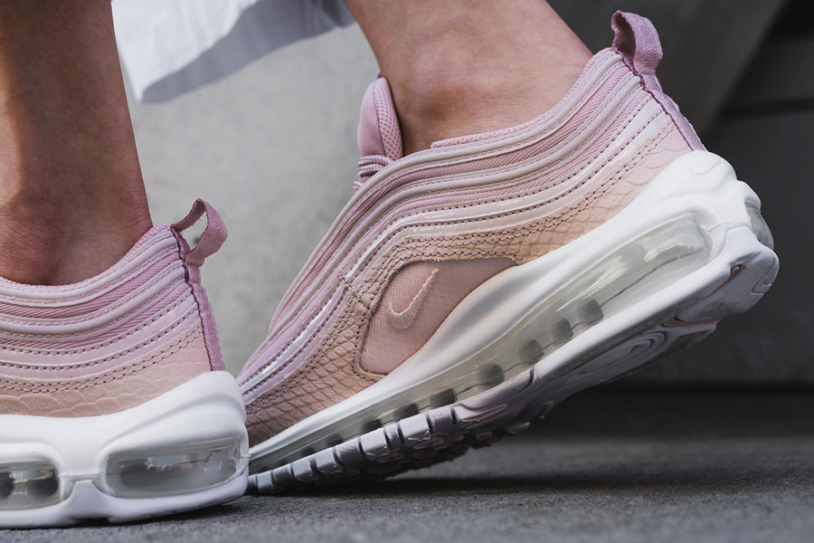 Preview Nike Air Max 97 Pink Snakeskin Le Site De La