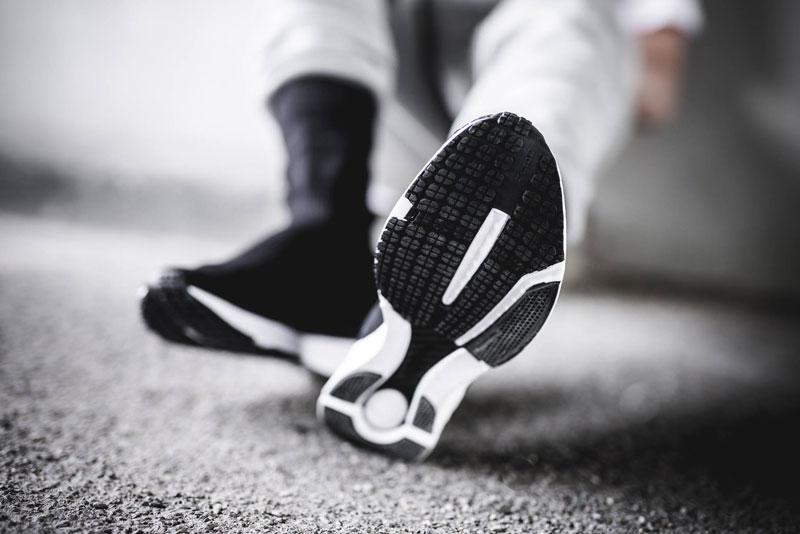d2acaacf6eda Reebok Sock Runner UltraKnit Black White - Le Site de la Sneaker