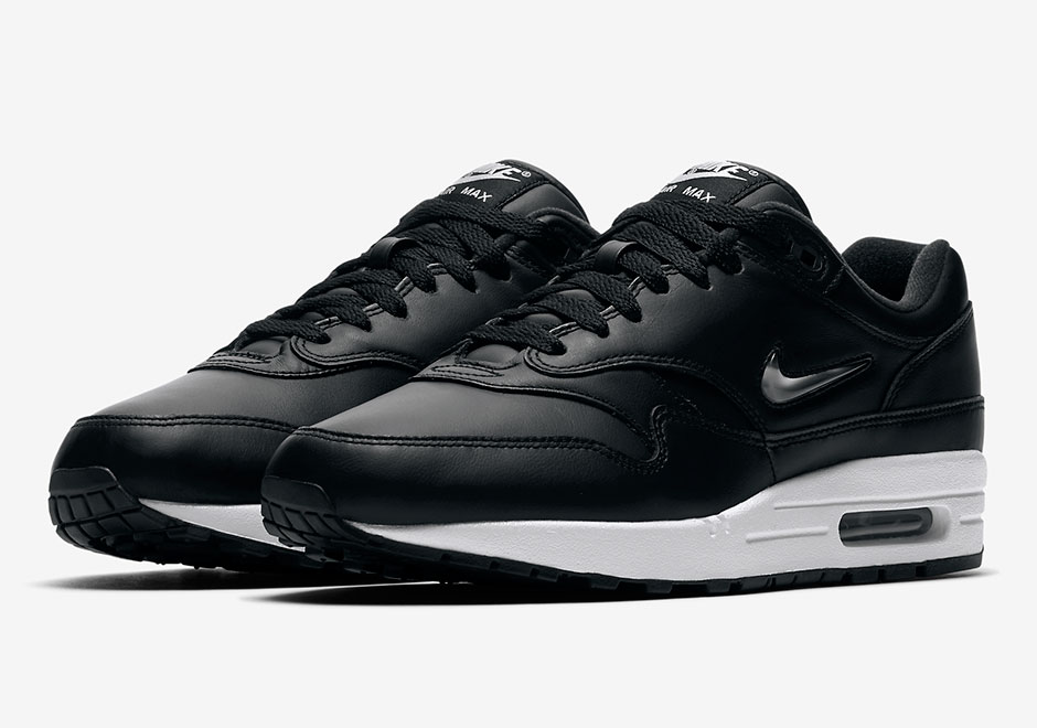 nike air max 1 jewel black metallic silver le site de la sneaker. Black Bedroom Furniture Sets. Home Design Ideas
