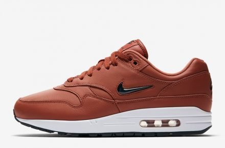nike air max 1 jewel dusty peach le site de la sneaker. Black Bedroom Furniture Sets. Home Design Ideas