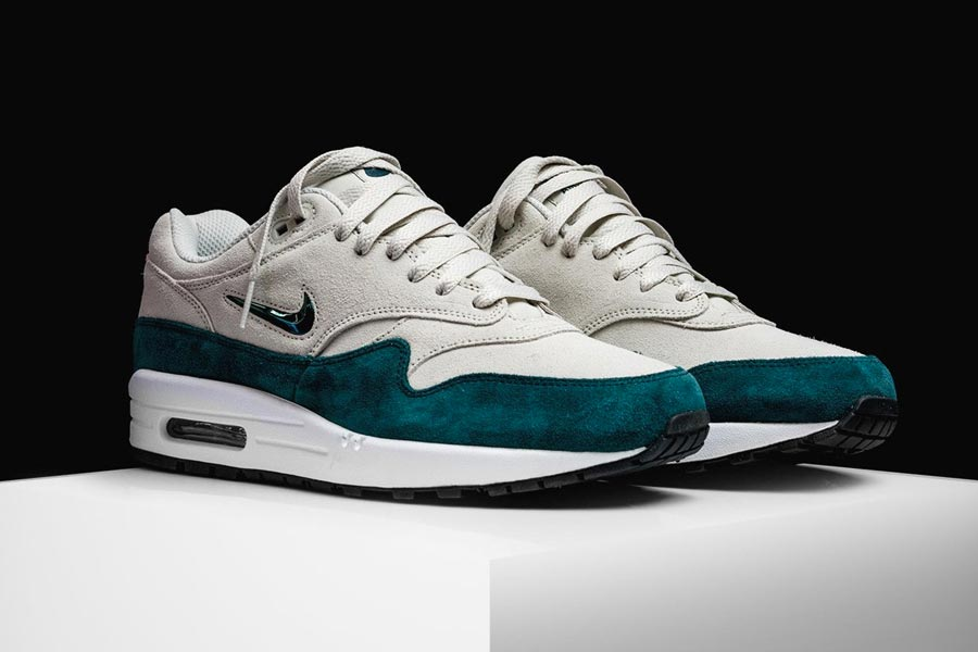 nike-air-max-1-jewel-atomic-teal-2
