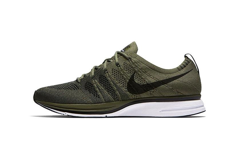 Nike Flyknit Trainer Medium Olive