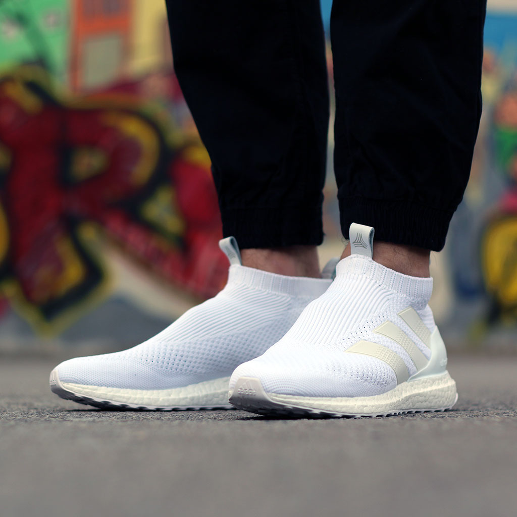official photos 61721 b5d69 adidas A 16+ Purecontrol Ultraboost Triple White - Le Site ...