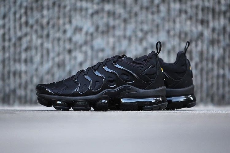 3295eb028f4 Preview  Nike Air Vapormax Plus Triple Black - Le Site de la Sneaker