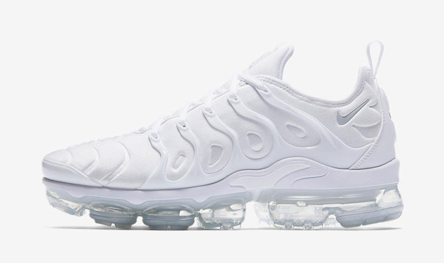 Nike Air VaporMax Plus Triple White - Le Site de la Sneaker 1be5611d9d74