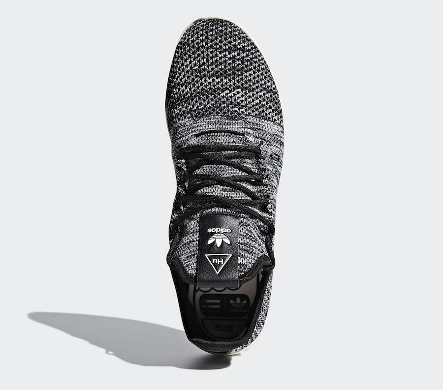 low priced 12cbd 1e672 Pharrell x adidas Tennis HU Oreo