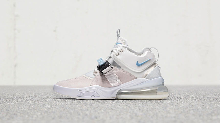 rencontrer 8689f 9d427 Nike Air Force 270 Phantom