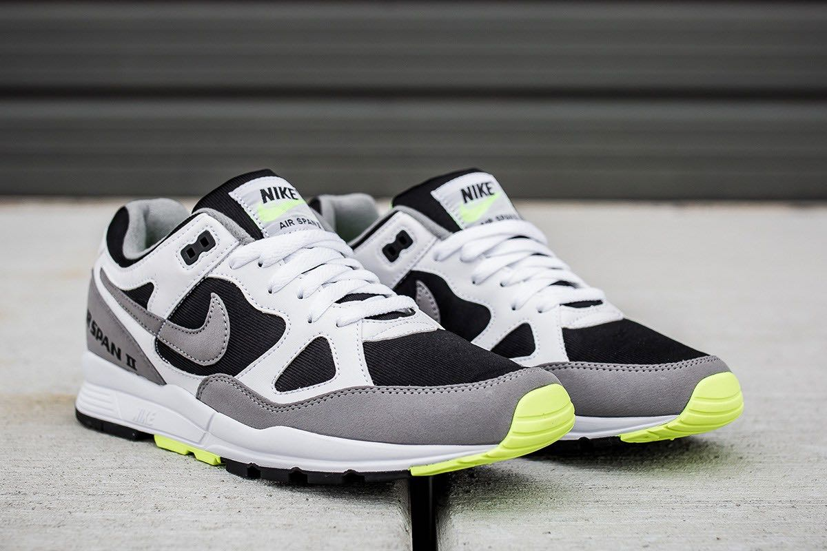 sneakers for cheap 4ca66 f344a Nike Air Span II Volt