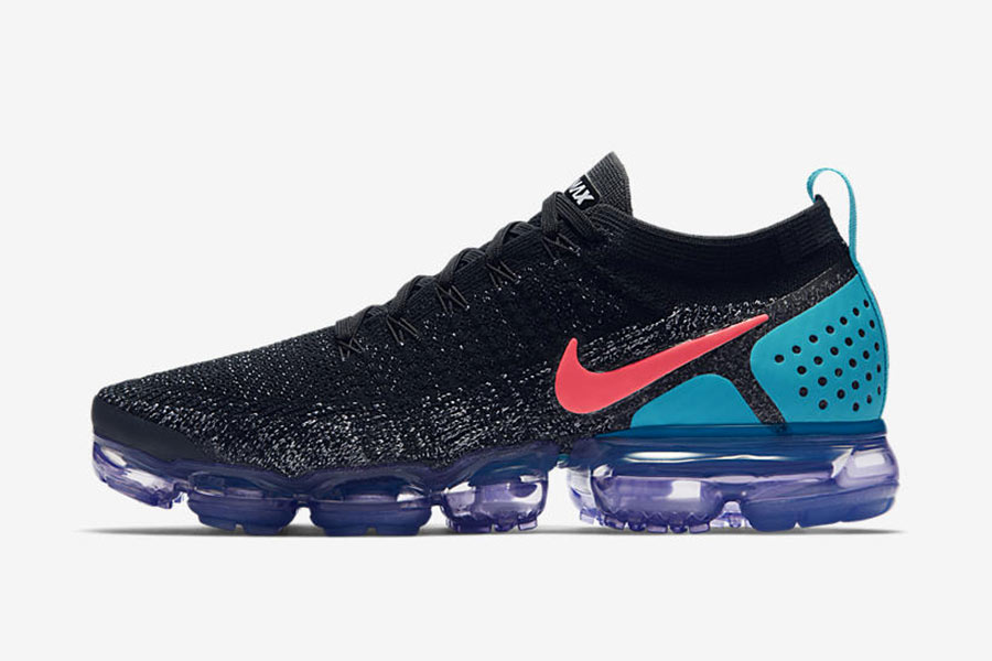 huge discount 1ce3c a7fa2 Nike Air VaporMax Flyknit 2.0 Black Hot Punch