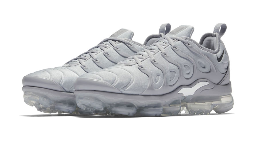 12b57cb9e19 Nike Air VaporMax Plus Triple Grey - Le Site de la Sneaker