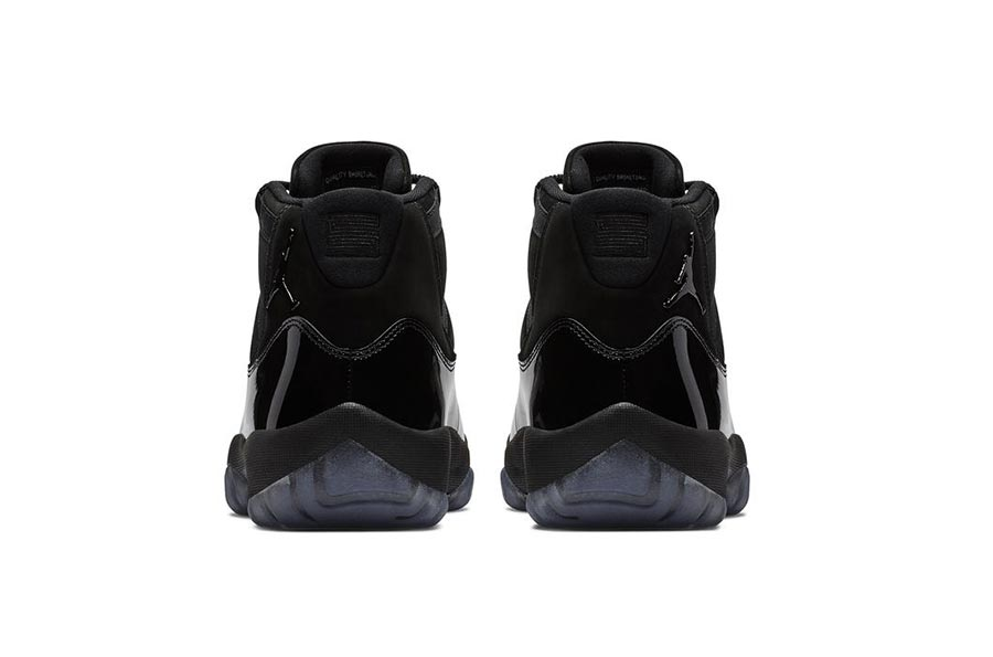 air-jordan-11-cap-gown-blackout-4