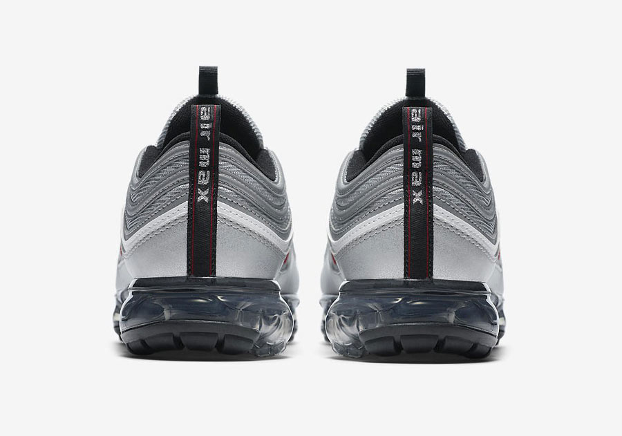 detailed pictures 41903 a5613 Nike Air VaporMax 97 Silver Bullet