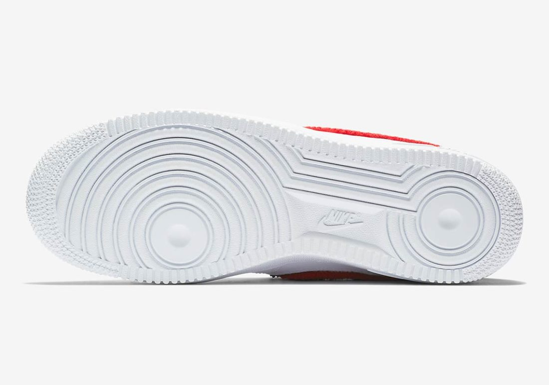 Preview: Nike Air Force 1 Chenille Swoosh White Le Site de