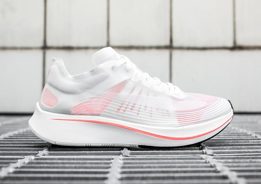 e782ce78117d Nike Zoom Fly SP Breaking 2 - Le Site de la Sneaker