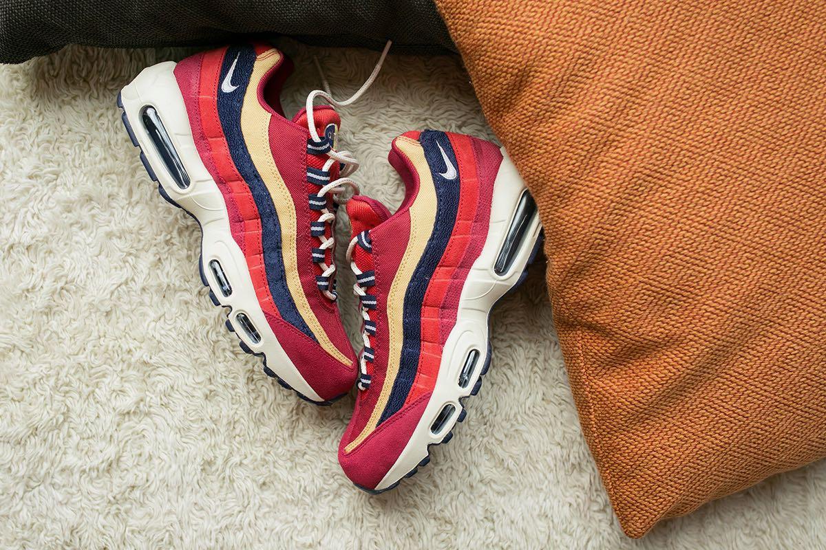 pretty nice 2f111 81a0a Nike Air Max 95 PRM Red Crush - Le Site de la Sneaker