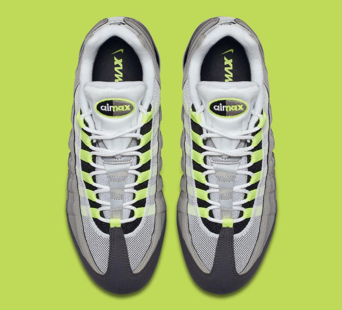 quality design aecbc 0cf48 Nike Air Vapormax 95 Neon