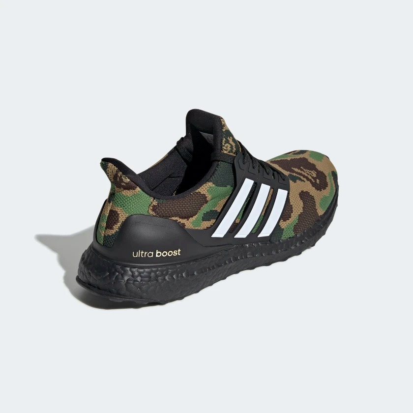 9976d7d71436e BAPE x adidas UltraBOOST Green - Le Site de la Sneaker