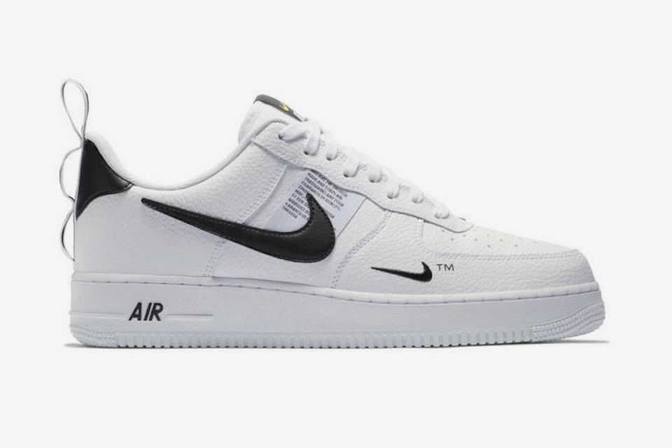 classic style look for run shoes Nike Air Force 1 Low LV8 Utility Pack