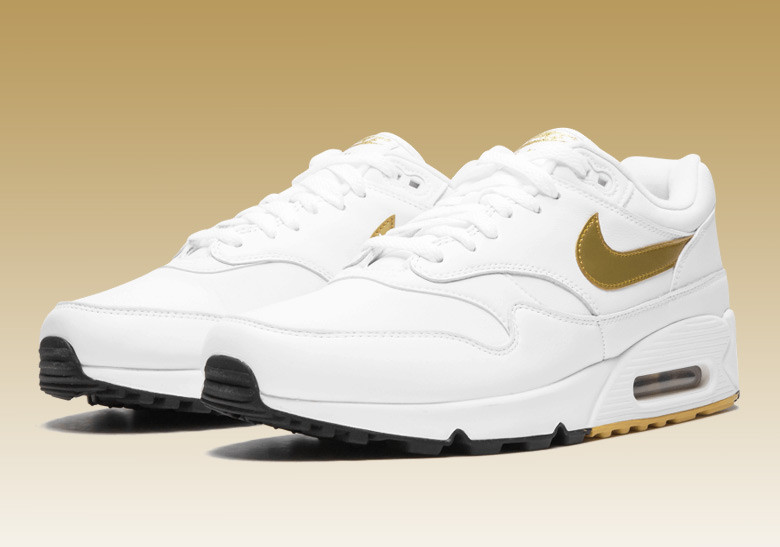 Mens Womens Nike Air Max 90 Running Shoes Leather Metal Gold White NIKE ND002512