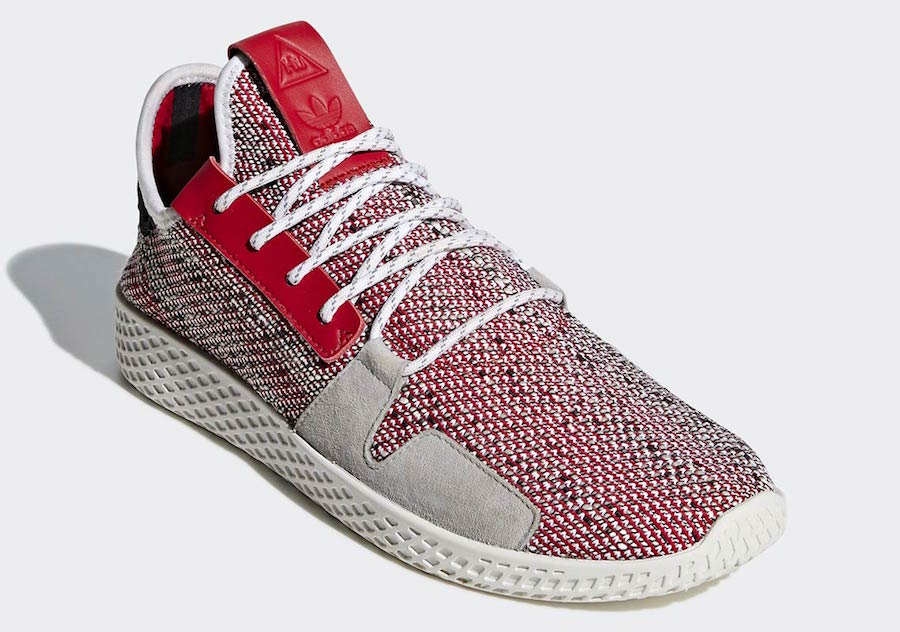 5a8215fc26c7e Preview  Pharrell x adidas Tennis HU V2 - Le Site de la Sneaker