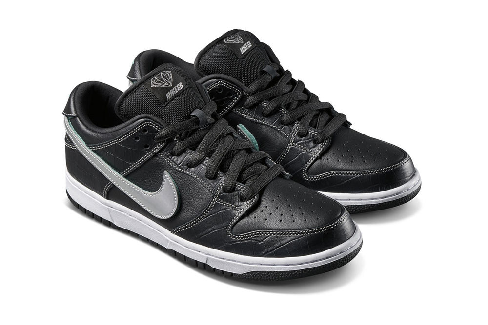 official photos 62c4d 88835 Diamond Supply Co. x Nike SB Dunk Low Black