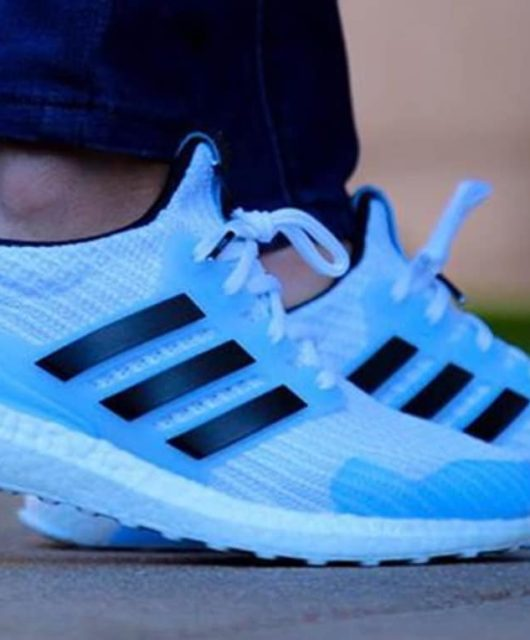 daf3407cd4d71 Preview  Game Of Thrones x adidas UltraBoost White Walkers. Une nouvelle  édition de la ...