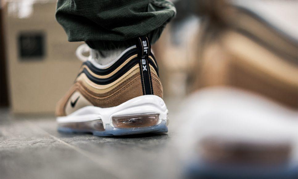 Nike Air Max 97 Shipping Box Le Site de la Sneaker