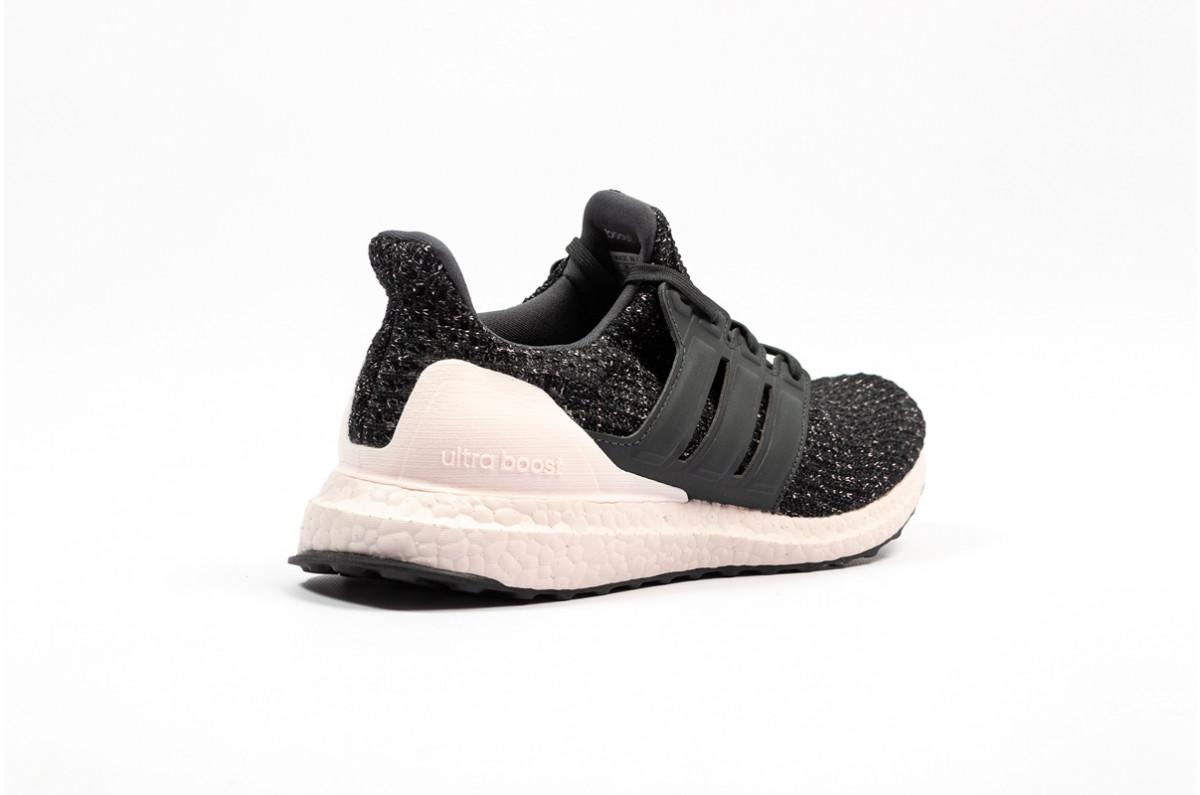 cdeb19f27760a Adidas Ultraboost Wmns Black Orchid Tint - Le Site de la Sneaker