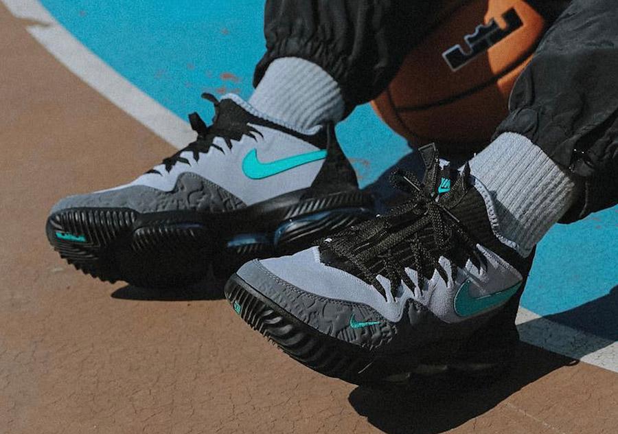 d258a44e0eed atmos x Nike LeBron 16 Low Clear Jade - Le Site de la Sneaker