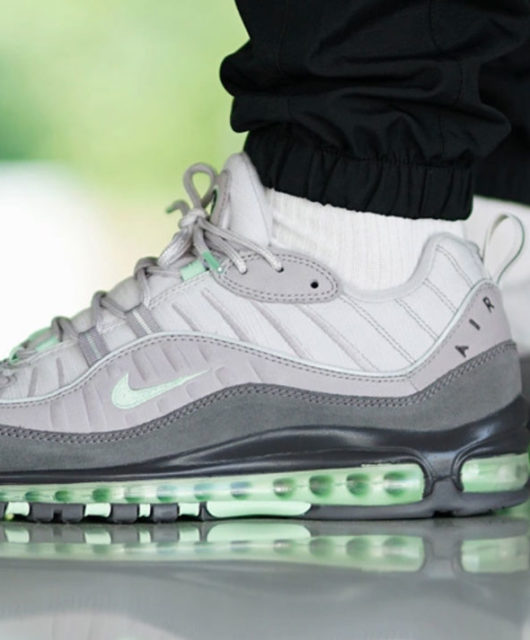 buy online 36186 f309f Nike Air Max 98 Fresh Mint