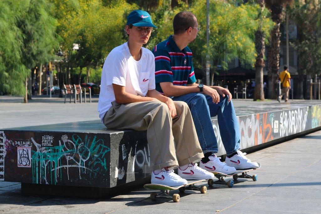 Nike SB Dunk Low x Parra
