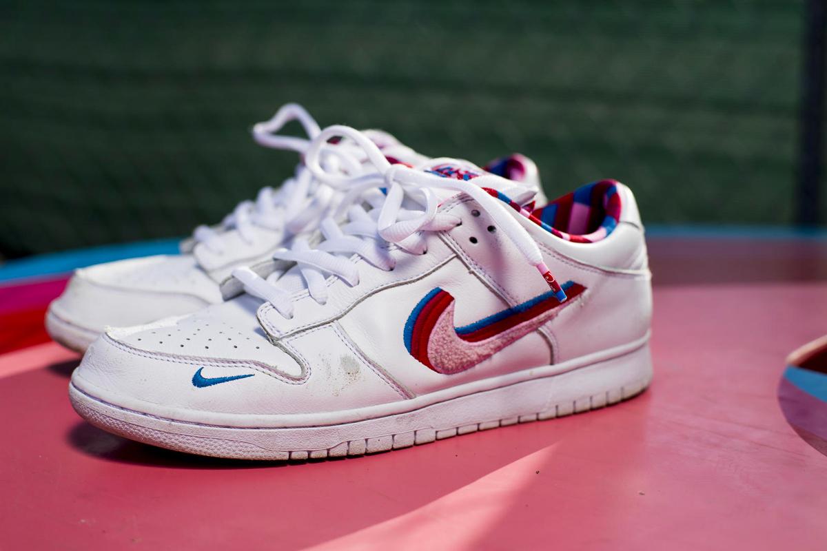 photos officielles 0c05a a703e Nike SB Dunk Low x Parra