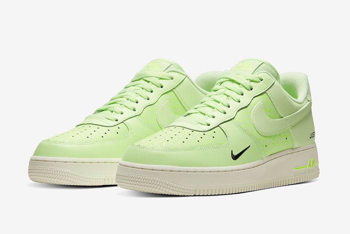 Preview: Nike Air Force 1 Neon Branding - Le Site de la Sneaker